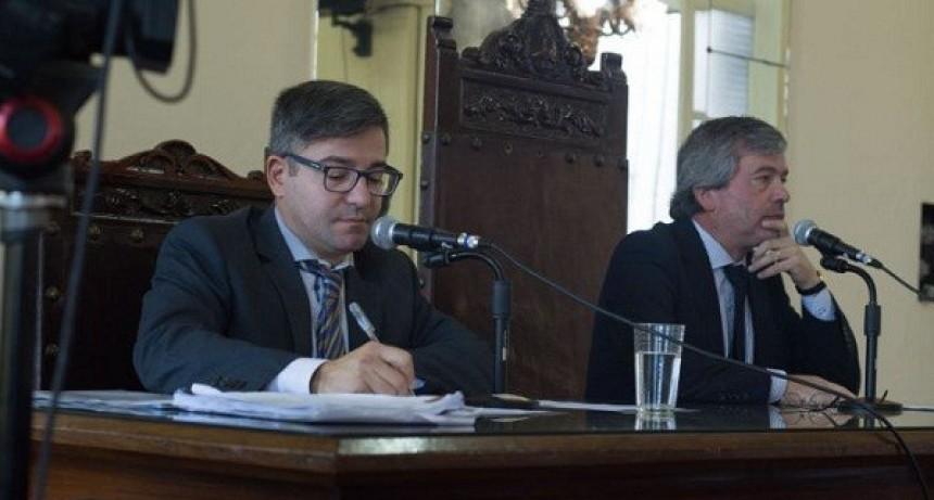 Sin el intendente, comenzó el período de sesiones en el HCD