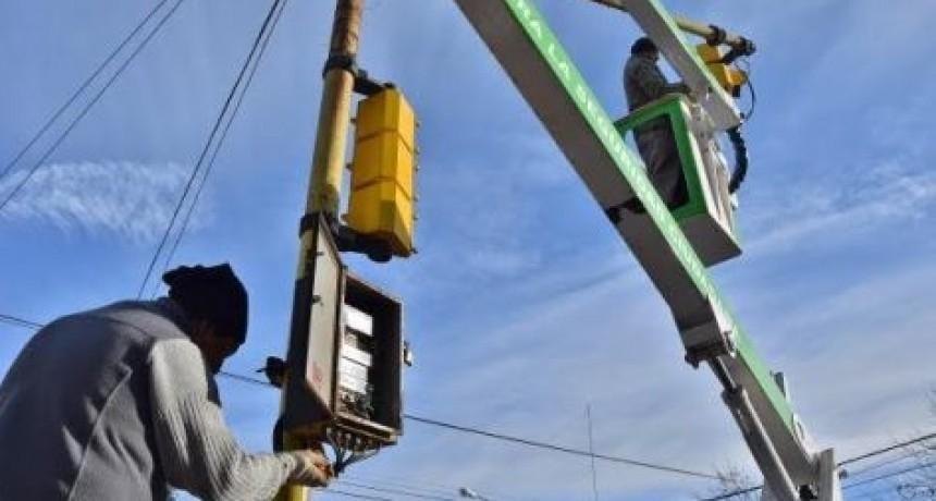 Semáforos no funcionan a raíz de la tormenta