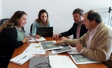 Oscar Luciani se reunió en la Dirección Provincial de Aguas y Cloacas
