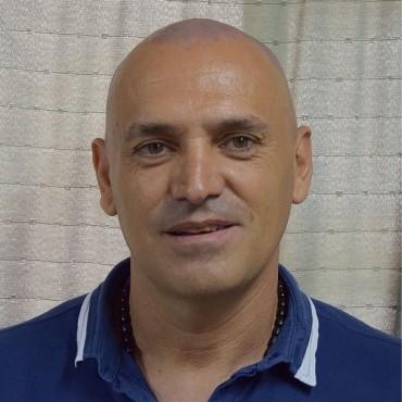 Adrián Caporales: