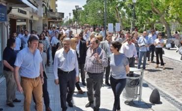 Inauguraron oficialmente la renovación de la calle San Martín