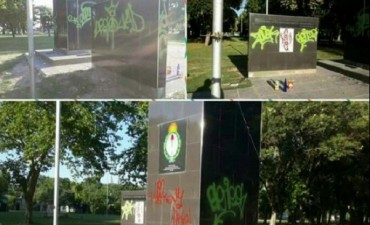 Nuevo acto de vandalismo en el Monumento a San Martín