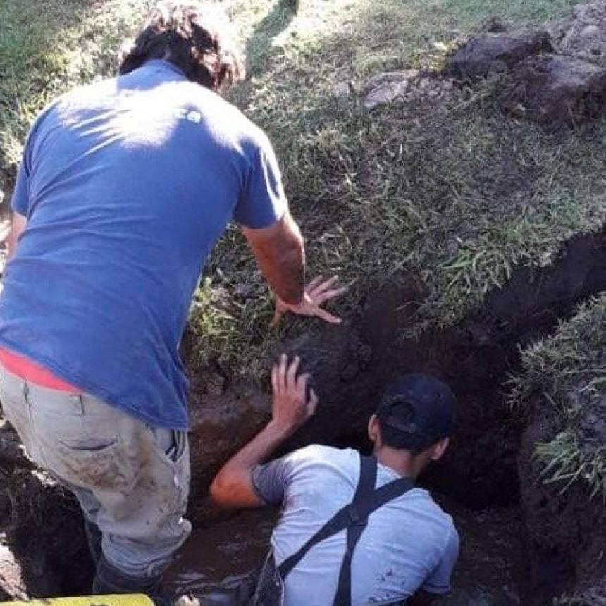 Repararon la red de agua potable en el Barrio Luna