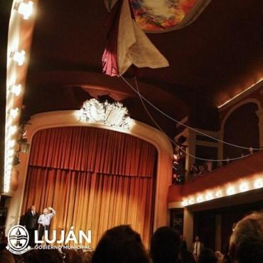 El Teatro Municipal inicia la temporada 2018