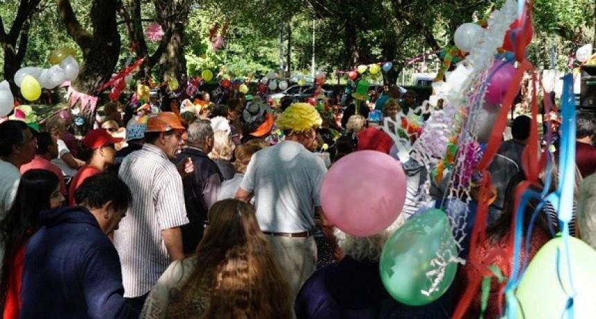 Cierre de la colonia a puro carnaval