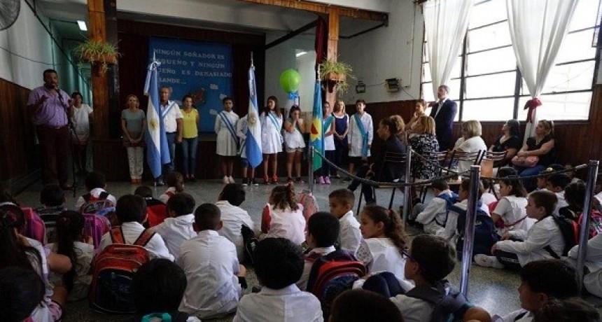 Luciani, presente en actos de inicio de clases