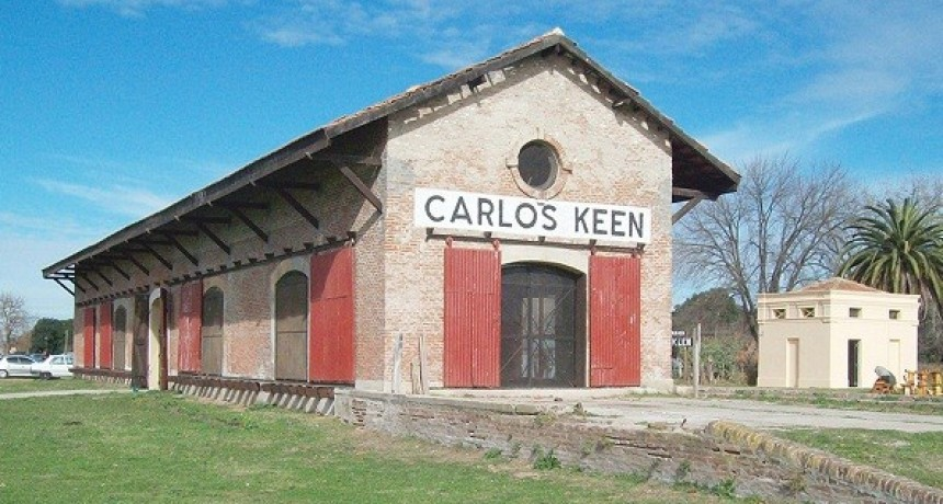 Presentación de libros en Carlos Keen
