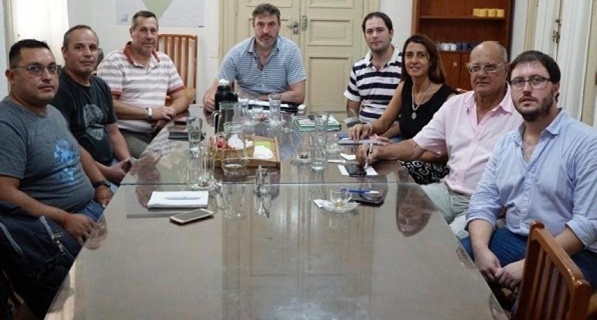 Reunión con los gremios municipales
