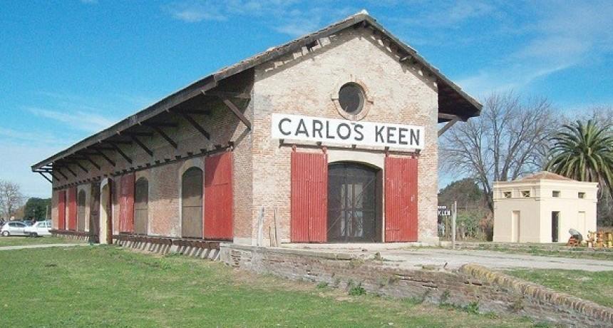 Cine y acrobacia en el Centro Cultural de Carlos Keen
