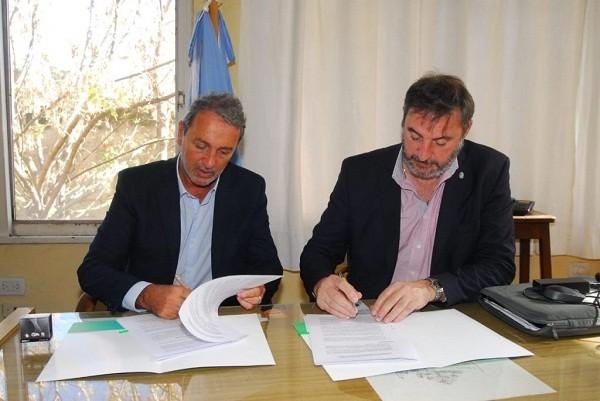 Luján firmó convenio con el CEAMSE