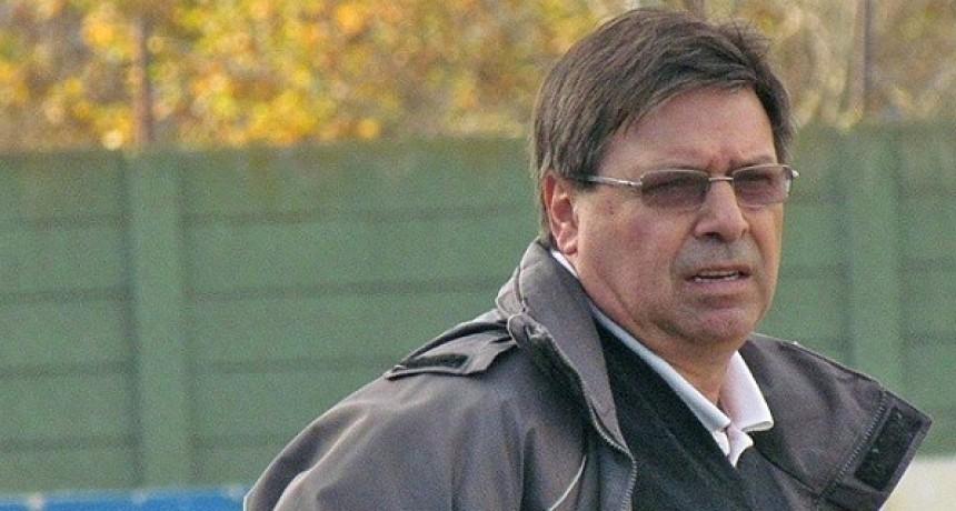 Osvaldo Ruggero no es más técnico de Luján