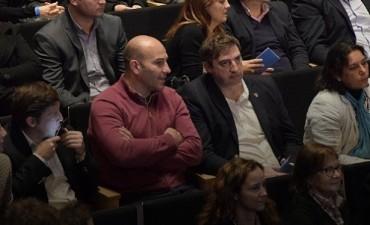 Oscar Luciani estuvo presente en la entrega de los premios