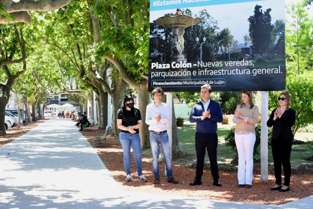 El Intendente inauguró la primera etapa de las obras de remodelación de la plaza Colón