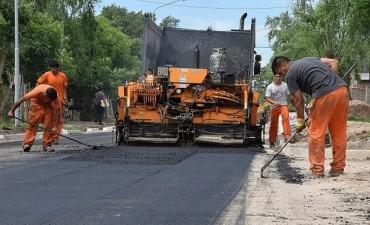 Recorrida por las obras en el barrio Ameghino