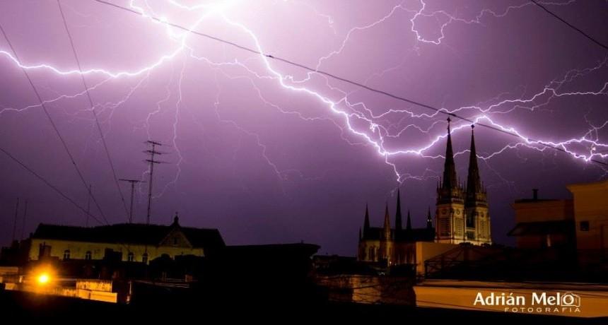 Alerta de tormentas en Luján durante el fin de semana