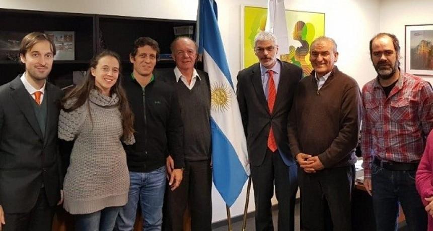 Juan Carlos Juárez continúa con sus actividades en Europa