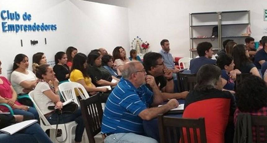 El Club de Emprendedores realizó el último taller del año